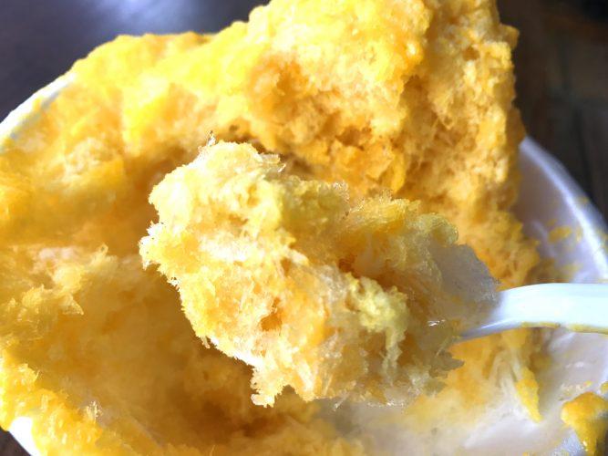 館山で食べられるふわふわアイスのようなマンゴー台湾かき氷