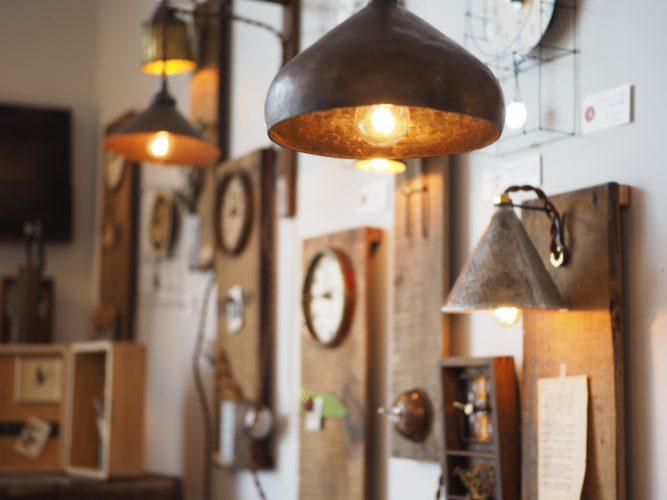 明かりを灯すどうぐ、時を刻むどうぐ企画展